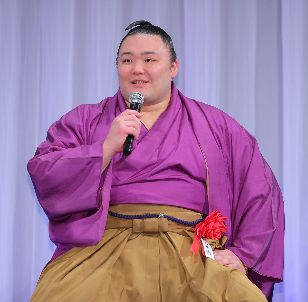 朝乃山、「大関」という言葉は封印「来場所2ケタ勝つまでは口に出してはいけない」…報知プロスポーツ大賞表彰式
