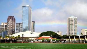 菅野が自主トレを行うグラウンドの上空に虹が架かった