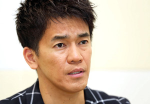 阪神大震災で被災した武井壮は、その経験とこれからをインタビューで語った(カメラ・渡辺 了文)