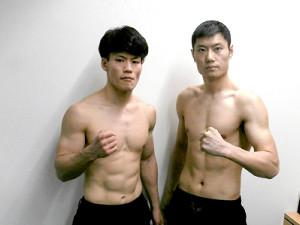 WBOアジアパシフィック・スーパーウエルター級タイトルマッチで対戦する王者・井上岳志(左)とチェン・スー
