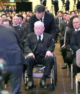 金田正一さんのお別れの会が都内のホテルで行われ、野村克也さんら約500人という多くの関係者が出席