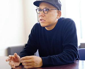 監督賞を受賞した真利子哲也監督
