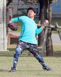 DeNA・今永がキャンプ地の沖縄・宜野湾で練習