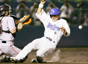 05年、横浜時代の石井琢朗