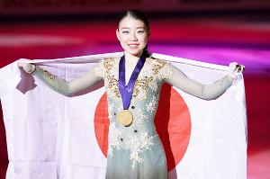 女子フリー1位で優勝し、2連覇を達成した紀平梨花(カメラ・矢口 亨)