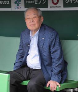 19年6月に甲子園球場を訪れた野村克也氏