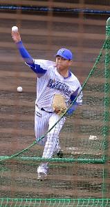DeNAの山崎は今年初めて打撃投手を務めた