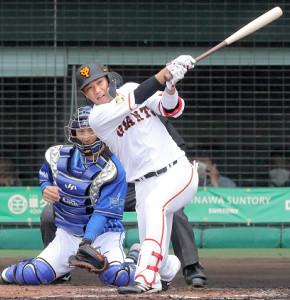 3回1死一塁、三ゴロに倒れる坂本勇人