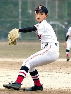 完封勝利で飾り、投打で活躍した高槻中央・福榮