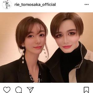 インスタグラムより@rie_tomosaka_official