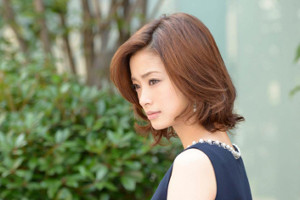主演・堺雅人に引き続き、今作も上戸彩が妻・半沢花役で登場する(C)TBS