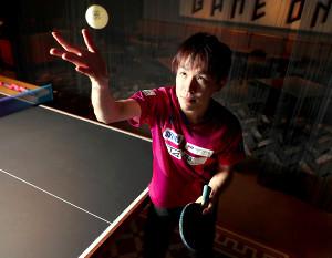 2020年は「団体戦の年」と位置づける丹羽孝希。五輪のメダルに向け静かに闘志を燃やしている(カメラ・竜田 卓)
