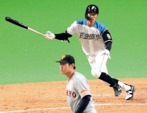 8回の第4打席で二塁打を放ち猛打賞とした石井(投手・桜井俊貴)