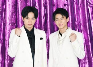 大役に向けて意気込む中島健人(左)と平野紫耀