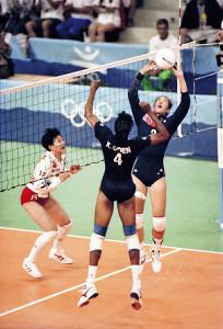 女子バレー元米代表・ヨーコ・ゼッターランドさん、日本諦め米国で ...