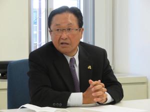 都内で報道陣に対応したゴルフの五輪競技対策本部の倉本昌弘強化委員長