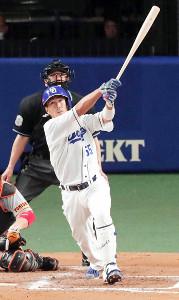 7回2死、中越えにソロ本塁打を放った福田