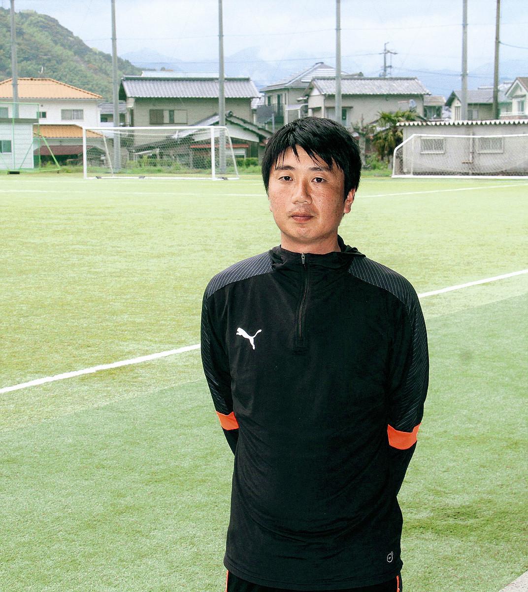 日本代表・長谷部の出身校、藤枝東高サッカー部・小林監督「愛される選手を育てたい」