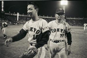 巨人・堀内恒夫と川上哲治監督。中日球場で。1972年撮影