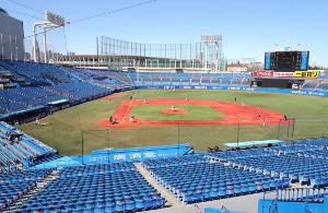 東都大学野球の1部リーグが試合を行う神宮球場