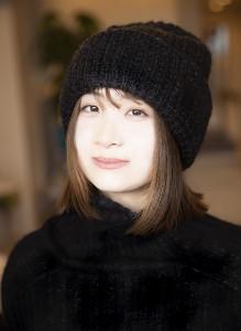 鶴見虹子さん
