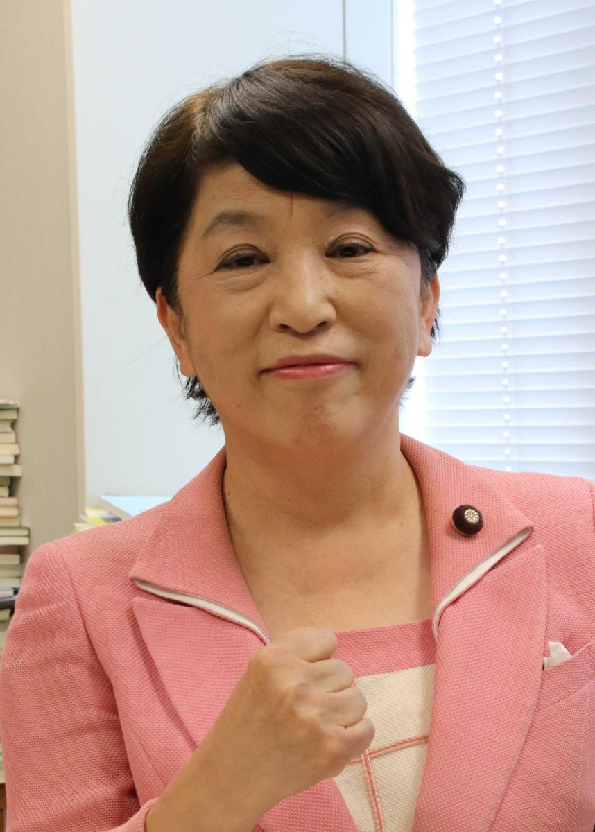"""社民党・福島瑞穂党首、""""アベノマスク""""費用で「PCR検査機466機買える」"""