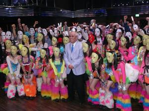 14年4月3日、仮面女子のライブにゲスト出演した野村克也さん