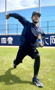 大阪・舞洲で練習したオリックス・比嘉(球団提供)