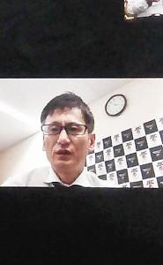 連絡協議会終了後、テレビ会議アプリ「Zооm」での記者会見に臨むJBC安河内剛本部事務局長