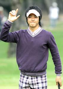 2007年5月に当時15歳でツアー初優勝した石川遼。「ハニカミ王子」の表情にはあどけなさが残る