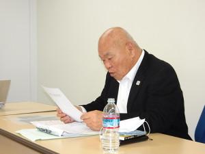 春季リーグ戦の中止決定を発表する神奈川大学野球連盟・佐々木理事長