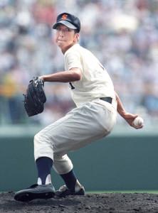 第79回全国高校野球選手権大会で力投した高知商・藤川