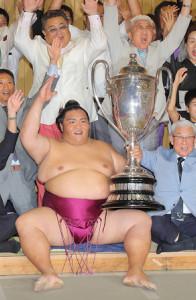 18年名古屋場所で初優勝した御嶽海