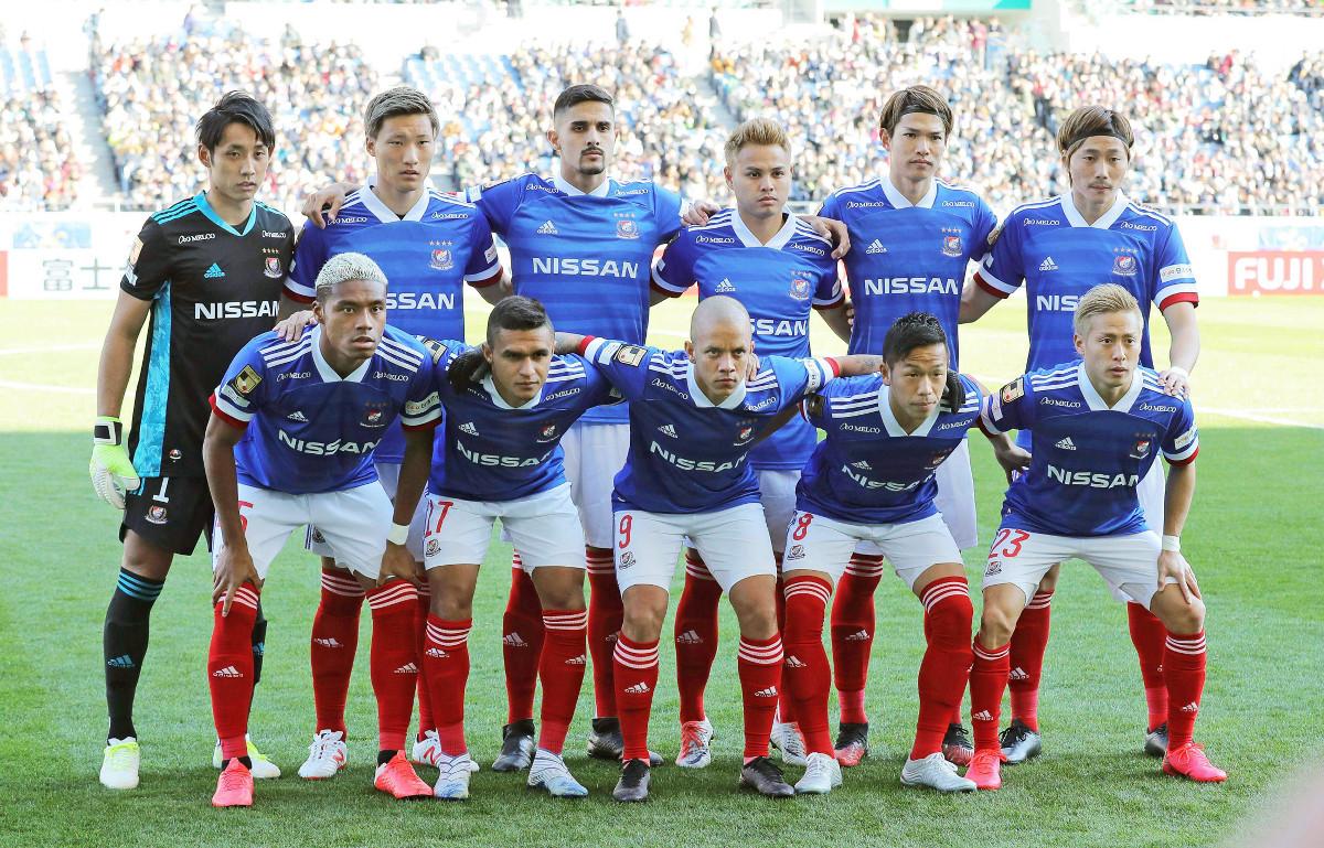 今年2月のゼロックススーパー杯の試合前、スタメン集合写真に納まる横浜Mイレブン