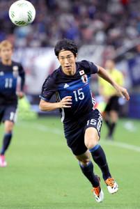 16年、日本代表でプレーする金崎