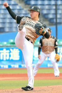 7回から登板、打者5人から2つの三振を奪った日本ハム・吉田輝