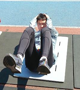 積極的に補強トレーニングに励む金泳勲