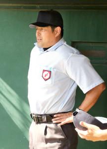 球審を務めた国際審判員の田口直良さん