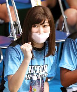 19年9月、日本学生選手権の観戦に訪れ、日大を応援する池江