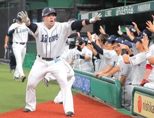 西武の主砲・山川穂高の本塁打後の「どすこーい!」もライオンズナイターの臨場感たっぷりの音声でリスナーに届けられる