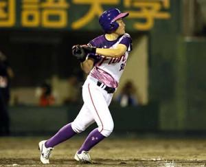 7回2死一、二塁、決勝打を放つ京都・米田咲良(提供写真)