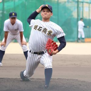今年初めて練習試合に登板した明石商の中森俊介