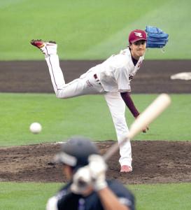 5回を投げ1失点の好投で今季初勝利を挙げた岸(カメラ・佐々木 清勝)