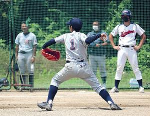 粘りの投球で大阪都島を勝利に導いた中橋