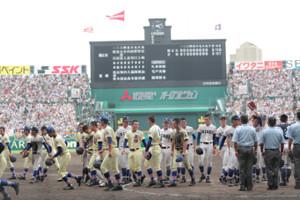 昨年夏、甲子園球場で行われた全国高校野球選手権決勝で対戦した履正社と星稜