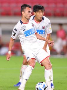 後半アディショナルタイム、札幌のルーカス・フェルナンデス(7)がチーム2点目のゴールを決める