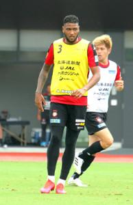 湘南戦でJデビューを狙う札幌FWドウグラスオリベイラ