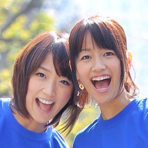 竹内由恵アナウンサー(左)と前田有紀さん