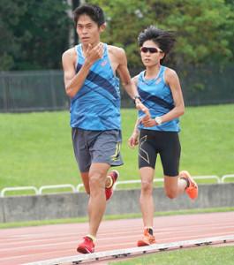 北海道・旭川市内の陸上競技場で練習する川内優輝と妻・侑子さん