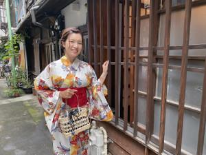 東京都内で自慢の浴衣姿を披露した藤田光里